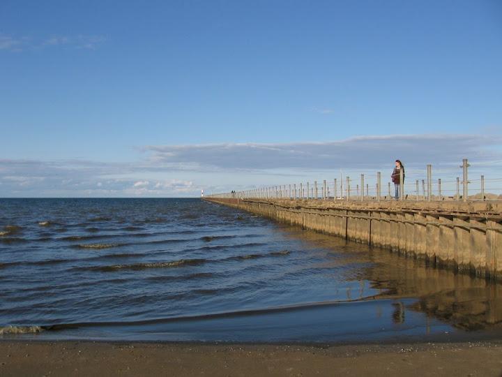Jetée au bord de la plage