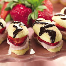 Viennese Strawberry Cream Fingers