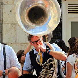 Lisbon Music by João Pedro Loureiro - People Musicians & Entertainers