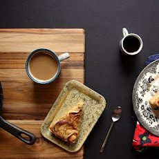 Cinnamon-Sugar Apple Skillet Cake