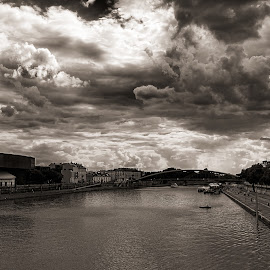 The River by Rune Nilssen - Landscapes Cloud Formations ( water, clouds, b&w, krakow, bw, fuji, x100, rune, wisla )