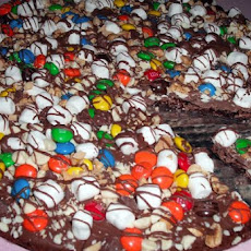 Peanut and Candy Brownie Pizza