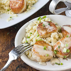Scallops with White Wine Beurre Blanc & Lemon Orzo