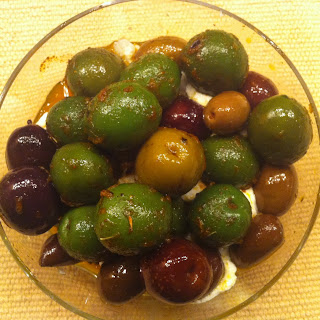 Lemon Perfumed Warm Olives