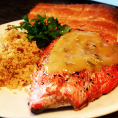 Grilled Salmon with Spicy Peach Sauce