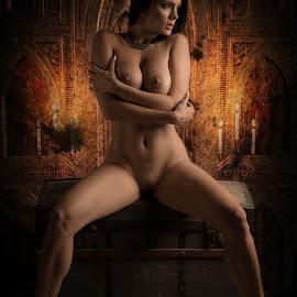 Mysterious  by Tomas Fensterseifer - Nudes & Boudoir Artistic Nude ( art nude, nude, composing )