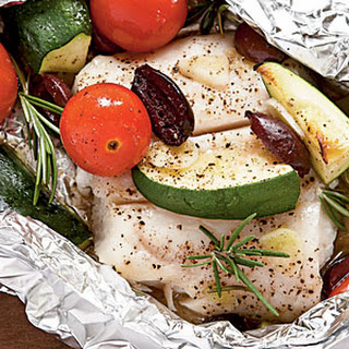 Halibut with Tomatoes, Rosemary, and Zucchini in Foil Packets