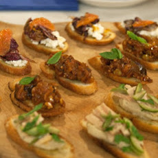 Crostini with Tuna and White Bean Puree