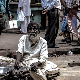 i am still moving by Sudeshna Sarkar - People Street & Candids