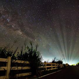 Ray Of Light vs Milky Way by Azami Adi Putera II - Landscapes Starscapes ( Earth, Light, Landscapes, Views )