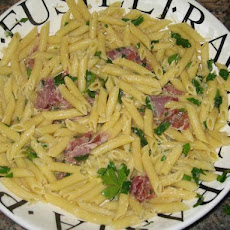 Penne With Prosciutto in Butter Sauce