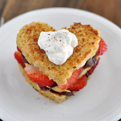 Nutella and Strawberry Stuffed French Toast {Heart Shaped}