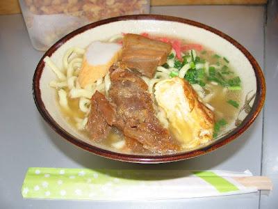 ボロジノ食堂・そば(中)