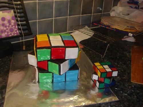 Ribiks's Cube Ccake