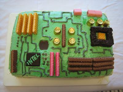 craftster_org_mobo_geekcake