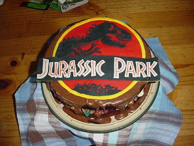 jurrasic_park_logo_Polly_geekcake