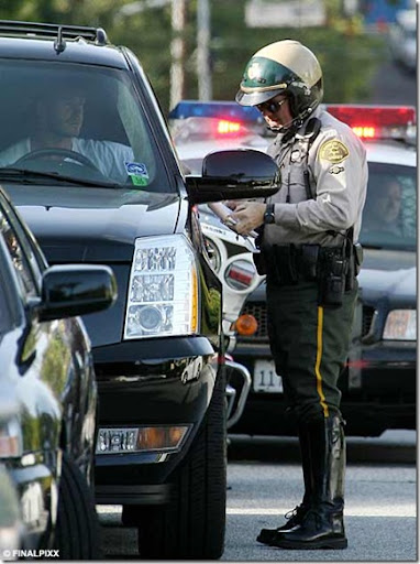 http://lh5.ggpht.com/fisherwy/R_zhYmV-u7I/AAAAAAAAOfY/QCO61v6CSyU/David+Beckham+Fined+For+Dangerous+Driving+In+LA+picture+photo%5B8%5D.jpg
