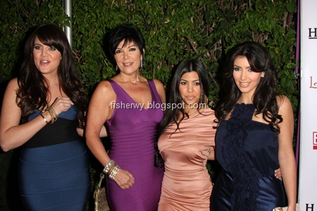 Khloe Kardashian, Kris Jenner, Kourtney Kardashian, Kim Kardashian,  Keeping Up with the Kardashians Season 2