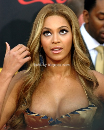 Picture of top ten of Hollywood best breasts Beyonce Knowles