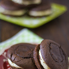 Chocolate Whoopie Pies With Baileys Butter Cream