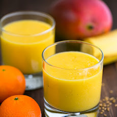 Tropical Mango Pineapple Smoothie