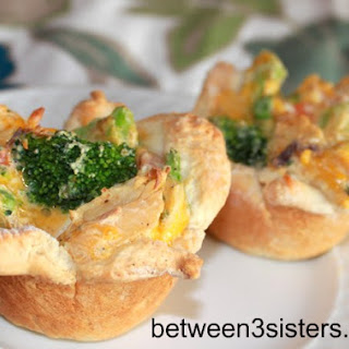 Cheesy Chicken Pot Pie Cups