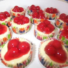 Individual Mini Cherry Cheesecake Cups