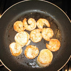 Pan-Seared Scallops With Ginger Sauce