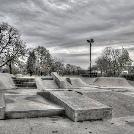 Cold Skatepark by Jonathan Thomas - Sports & Fitness Skateboarding ( skate, skarepark, hdr, cold, park, skateboard )