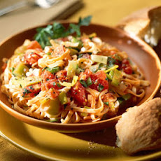 Leeks and Peppers with Linguine