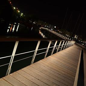 Marina Zeas, Pasalimani, Piraeus by Pantelis Orfanos - Buildings & Architecture Bridges & Suspended Structures ( pasalimani, walking, marina zea, piraeus, bridge, yachts )