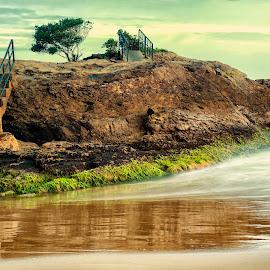 The alone stone by Alfabile Santana - Nature Up Close Rock & Stone ( fine art, stone, landscapes, landscape, drems, photography )