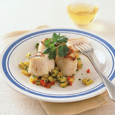 Grilled Scallops with Pineapple Salsa