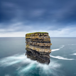 Dun Briste, Downpatrick Head by Ryszard Lomnicki - Landscapes Waterscapes ( downpatrick head, ireland, dublin, galway, mayo, dun briste )