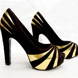 Gold striped shoes by Michael Moore - Artistic Objects Clothing & Accessories ( shoes,  )