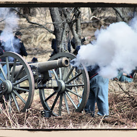 The canon fire. by Valerie Stein - News & Events US Events