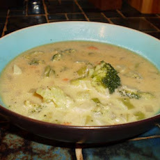 Copycat Subway Golden Creamy Broccoli Soup