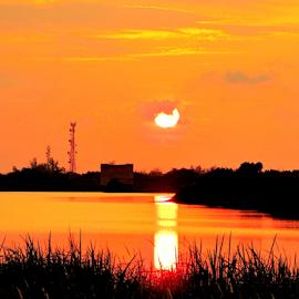 Senja jingga by Yusop Sulaiman - Landscapes Sunsets & Sunrises