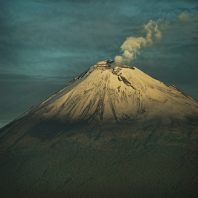 Popocatepetl in the morning by Cristobal Garciaferro Rubio - Landscapes Mountains & Hills ( cholula, volcano, popo, mexico, puebla, popocatepetl, smoking volcano, snowy volcano )
