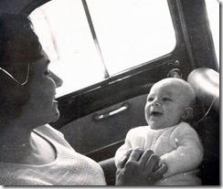 Gerardo con mama Ene 63