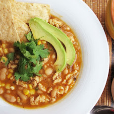 30-Minute Easy Chipotle Chicken Chili
