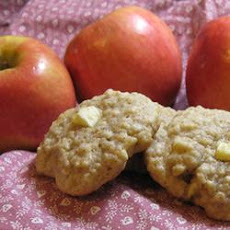 Apple Oatmeal Cookies I