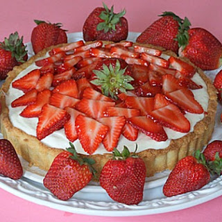 Strawberry and White Chocolate Mousse Tart