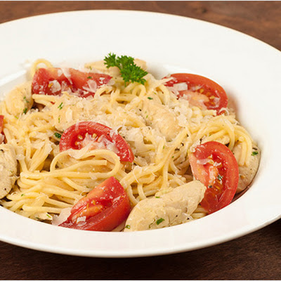 Lemon-Garlic Spaghetti with Chicken and Tomatoes