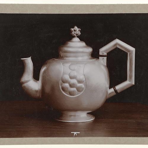 Theepot naar ontwerp mathieu lauweriks uitgevoerd door frans zwollo anonymous c 1910 - Object design eigentijds ontwerp ...