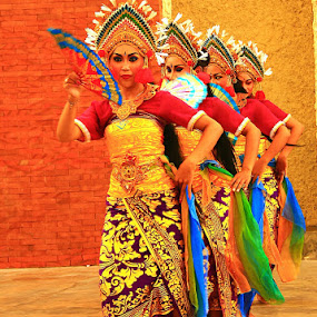bali dance by Iman S - People Group/Corporate