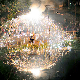 Big fire work. by Arijit Das - People Street & Candids