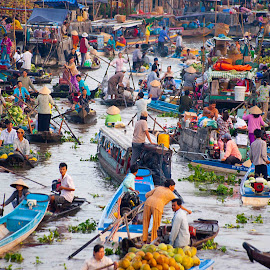 Floating market VietNam by Khoa Tran - Transportation Boats