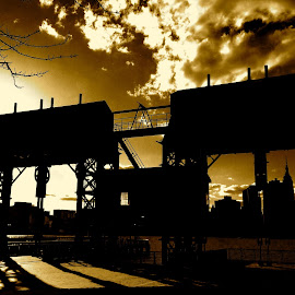 by Harris Kalofonos - City,  Street & Park  Street Scenes