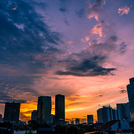 Color Gradation of The Sky by Peter Iman Paskal Mendrofa - City,  Street & Park  Skylines ( hdr, sunset, jakarta, nikon,  )